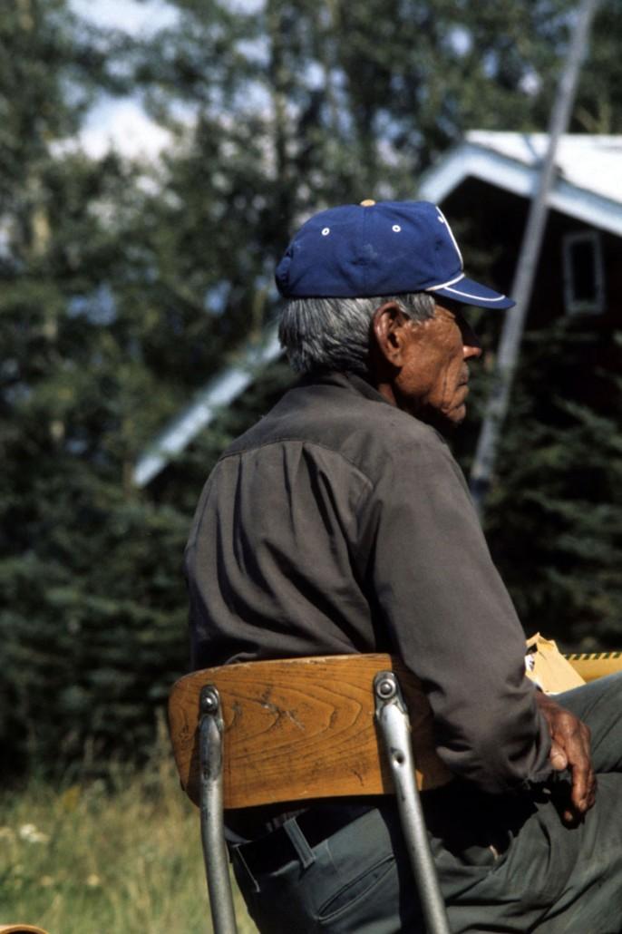 photo-jackson-015-Nahanni-Butte-elder_chair