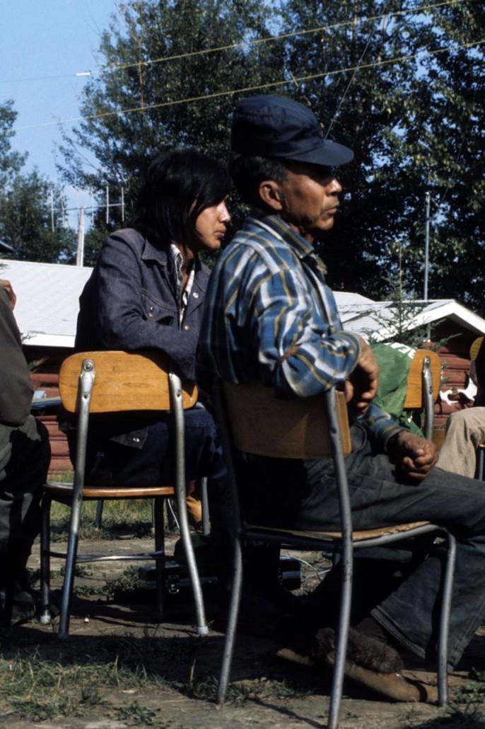 photo-jackson-027-Nahanni-Butte-men_listening