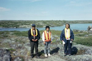 Representatives of the Lutsel K'e First Nation at the Lac de Gras-Lac du Sauvage narrows