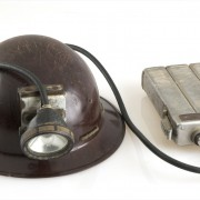Hard hat, lamp and battery pack